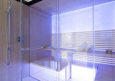 Entspannung pur in der Sauna - auf Wunsch mit Licht- und Musikvariationen