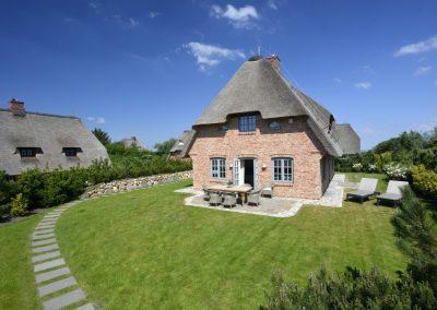 Das in 2014 neu erbaute Einzelhaus befindet sich nur etwa 250 Meter vom Wattenmeer
