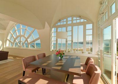 Traumhafter Ausblick auf die Ostsee sogar vom Esstisch
