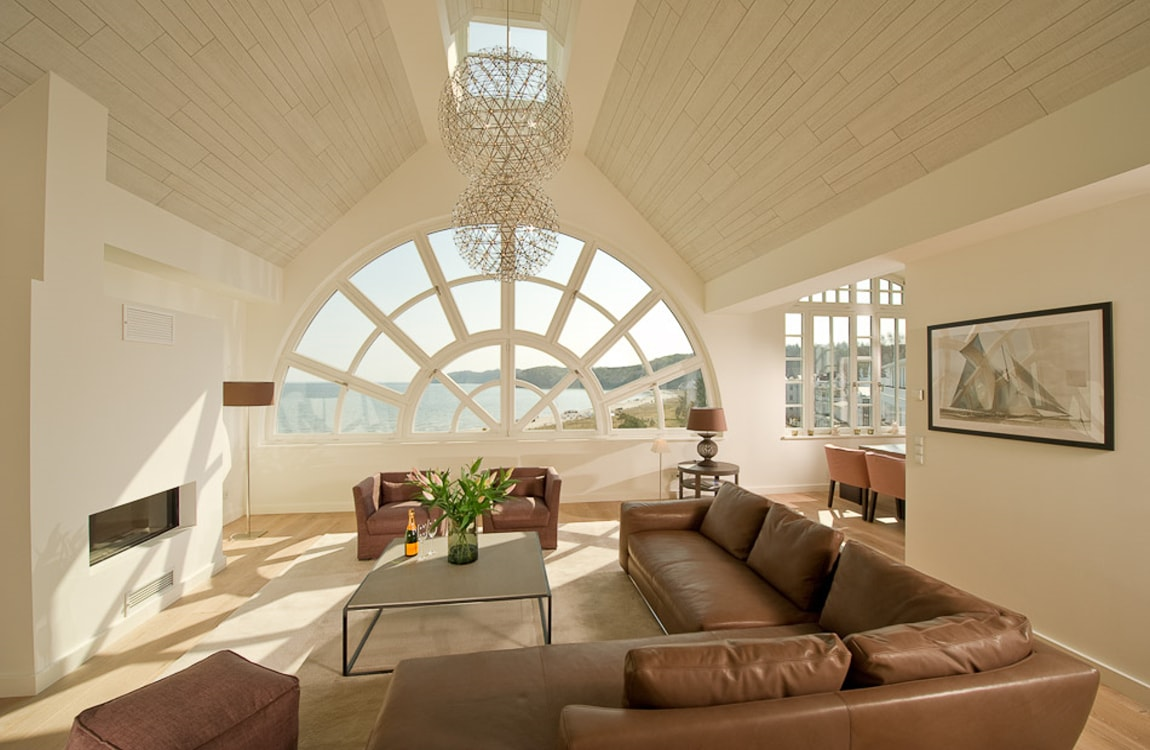 luxus penthouse binz mit meerblick sauna und kamin f r 4 personen. Black Bedroom Furniture Sets. Home Design Ideas
