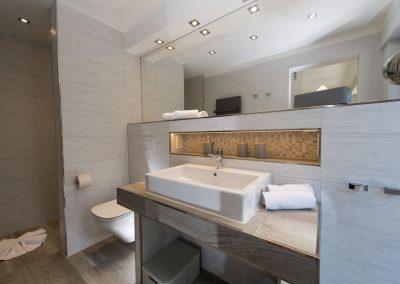 Das Bad en suite 2 mit Dusche