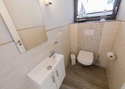 Das separate Gäste- WC im Obergeschoss