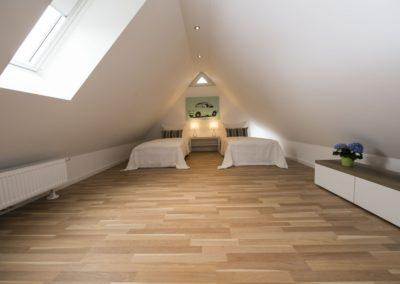 Zwei Einzelbetten im Dachgeschoss