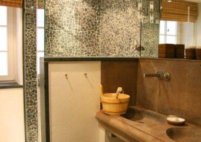 Das extravagante Badezimmer mit Sauna