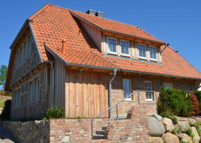 In idyllischer Lage am Yachthafen liegt das Ferienhaus Victoria in Seedorf.