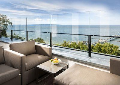 Wie gefällt Ihnen dieser spektakuläre Meerblick bis zu den Kreidefelsen?