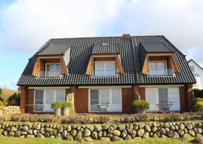 Die Hausansicht mit der Ferienwohnung Lüvwai in Morsum