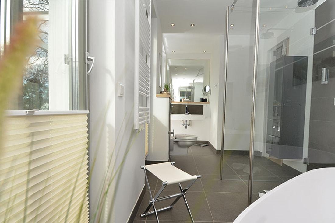 penthouse sea view in binz auf r gen mit sauna und pool f r 5 personen. Black Bedroom Furniture Sets. Home Design Ideas