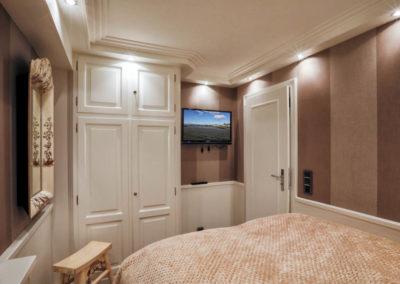 Beide Schlafzimmer sind mit einem Fernseher ausgestattet