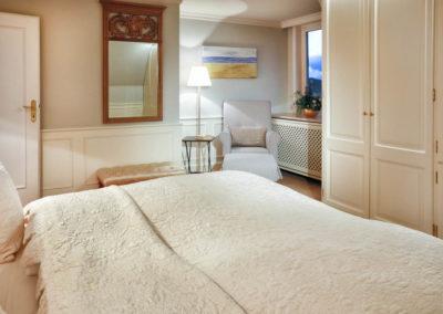 Zwei Schlafzimmer mit Doppelbetten stehen zur Verfügung.