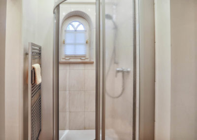 Kuschelige Badetücher dank dem Handtuchheizkörper