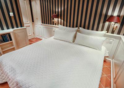 Ein komfortables Doppelbett befindet sich auch im 2. Schlafzimmer