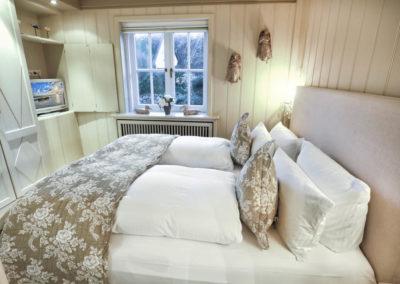Wohltuend für Körper, Geist und Seele ist das Luxusbett von Treca Interiors de Paris.