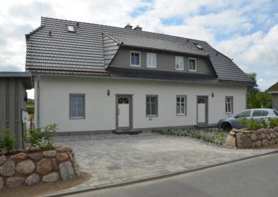 Herzlich willkommen im Ferienhaus Findling (linke Haushälfte) in Alt Reddevitz.