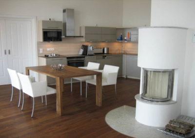 Ein Logenplatz zwischen Küche und Blick auf die Ostsee.