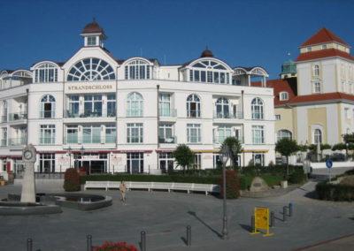 Tolle Architektur und schön anzusehen: das Strandschloss in Binz.