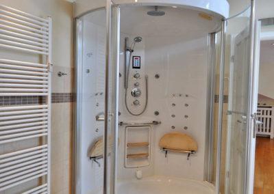 Auch ein Duschtempel steht im Penthouse zur Verfügung.