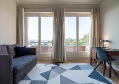 Ein weiteres Zimmer ermöglicht Ruhe und Rückzugsmöglichkeit.
