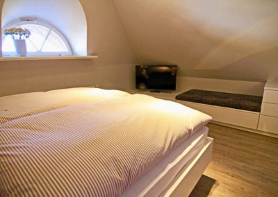 Alle Schlafzimmer verfügen über einen eigenen Flachbildschirm.