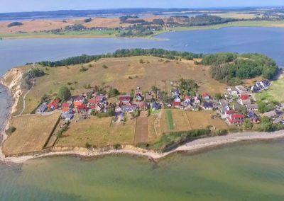 Klein Zicker befindet sich auf einer Halbinsel.