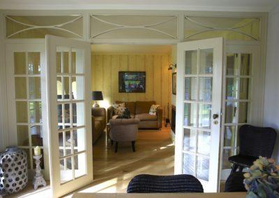 Das 2. Wohnzimmer mit Kamin und Flatscreen